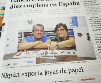 Joyas de Papel en la portada del periódico La Voz de Galicia