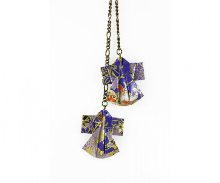 Original necklace with paper kimonos, front view