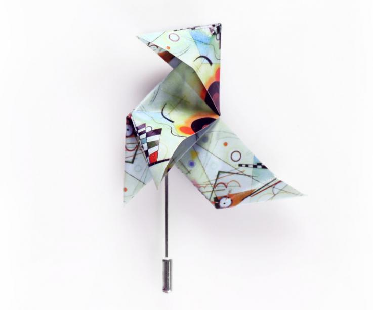 Contemporary jewellery that admires the work Composition VIII by Kandinsky. Creation of paper jewellery with origami. Best seller