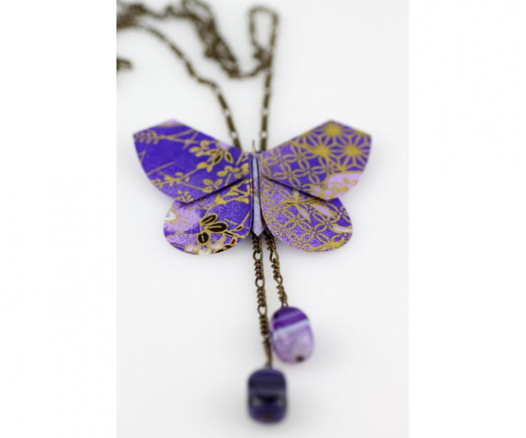 Woman's necklace with origami butterfly
