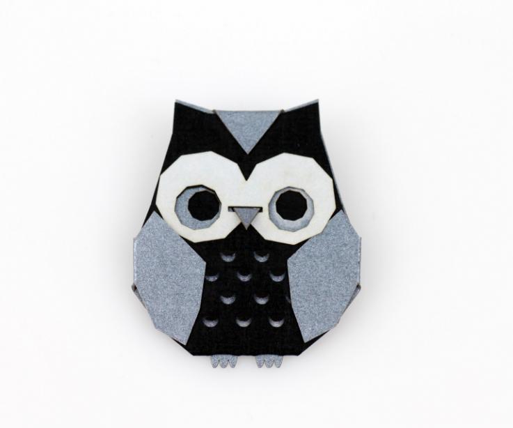 Silver origami owl brooch