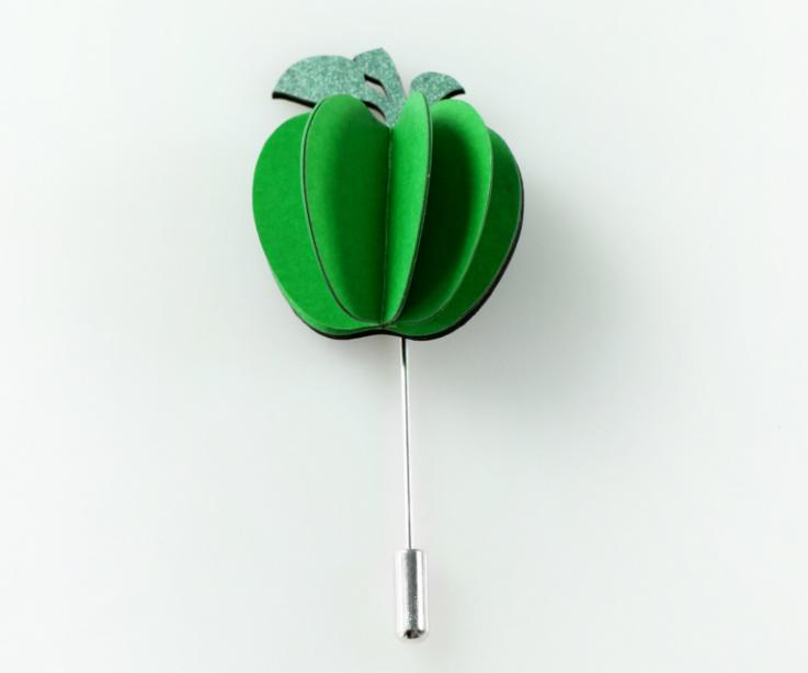 Apple-shaped pin brooch for women
