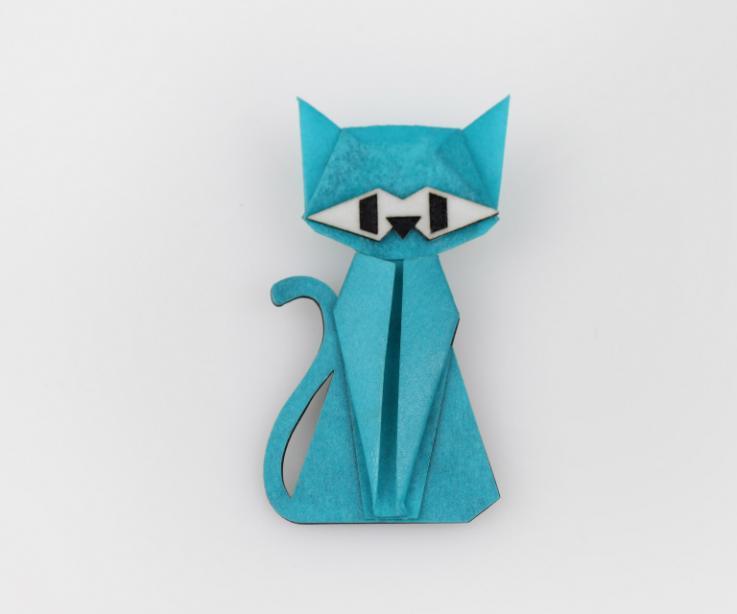 Broche con forma de gato en color azul