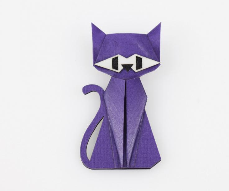 Purple cat brooch