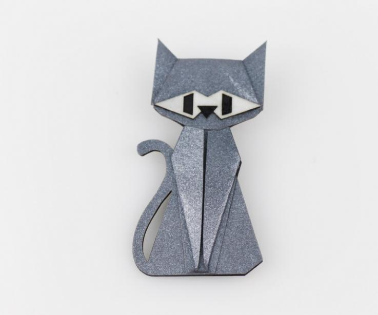 Silver cat brooch