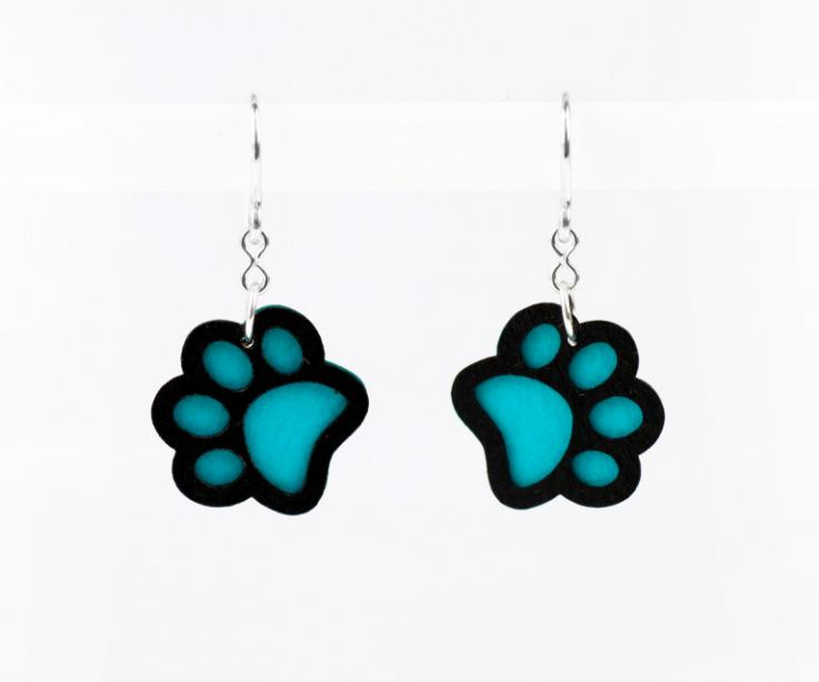 Earrings with a blue footprint