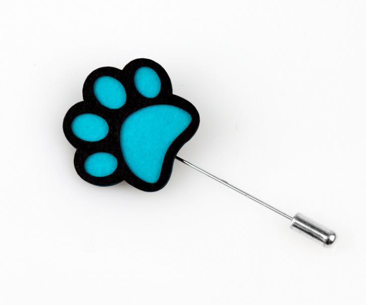 Fingerprint brooch in blue