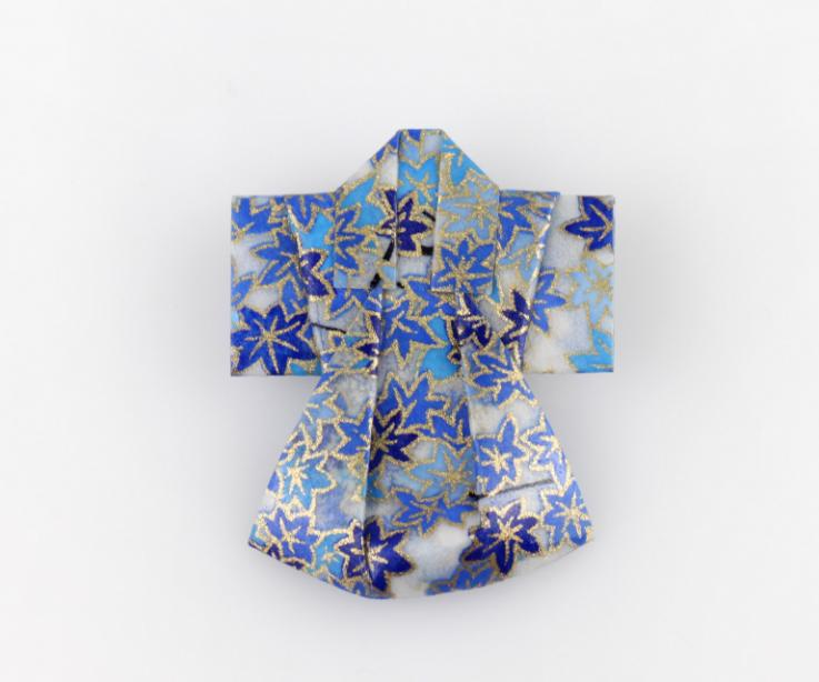 Brooch with origami kimono, front view
