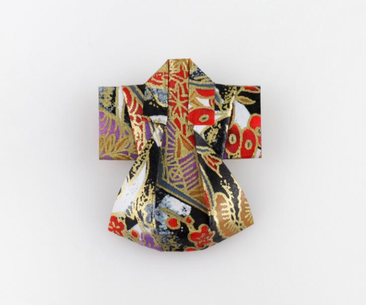 Kimono brooch for clothes, front view