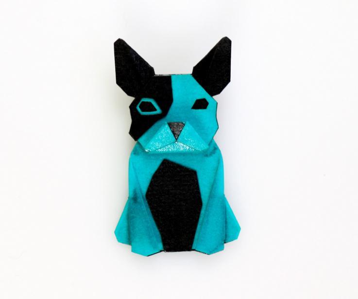 Broche con forma de perro en color azul