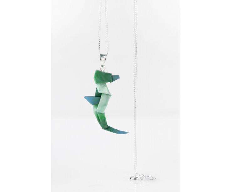 Colgante de caballito de mar de papiroflexia en color verde