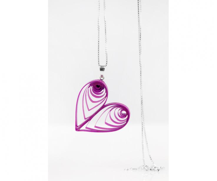 Pendant heart of craftsmanship in paper and sterling silver, front view