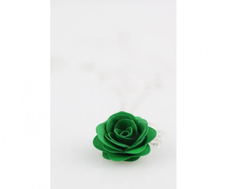 Women's accessory, rose pendant
