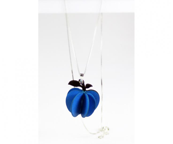 Blue apple-shaped pendant that will enhance your beauty. It will emphasize your style and give a different touch to your look