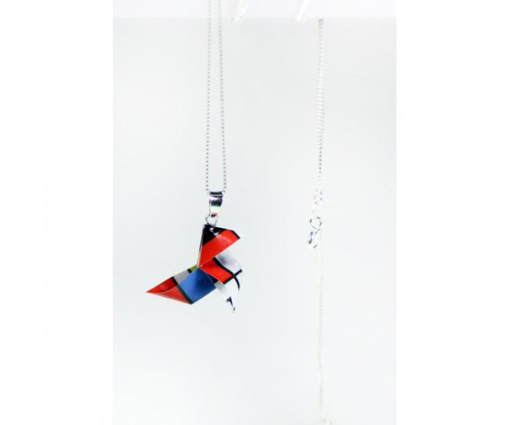 Paper origami bird pendant treated to show off a street style in your everyday life
