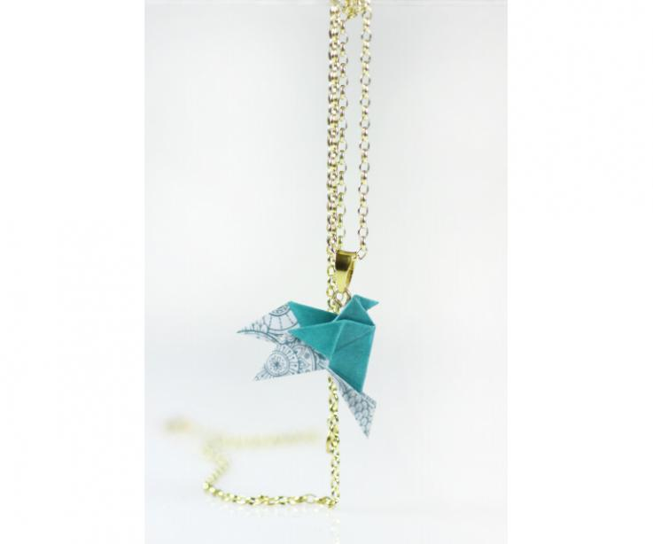 Origami bird choker with gold chain, front view