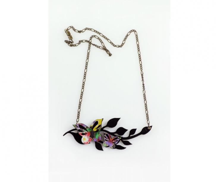 Paper necklace with butterflies and leaves, front view