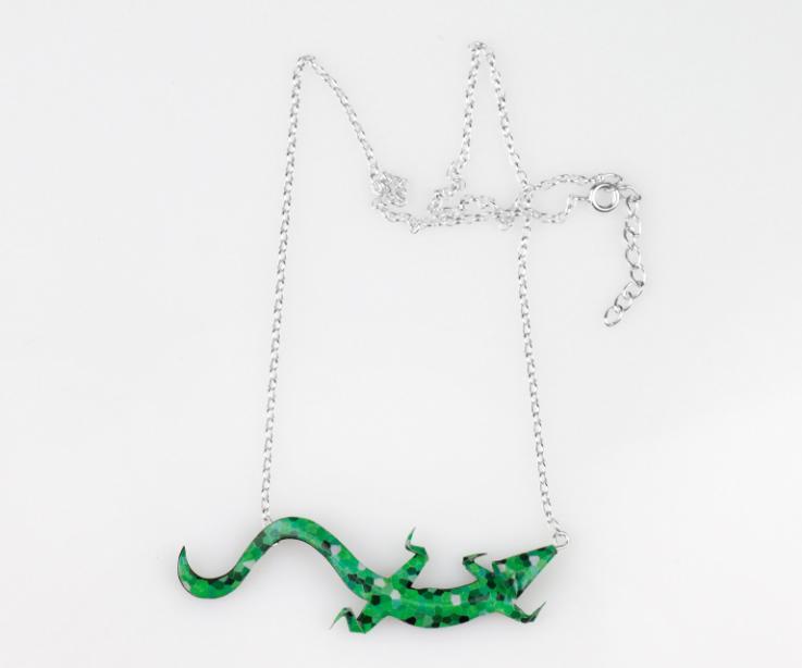 La más natural de nuestras salamandras, en tonos verdes e inspiración en la obra de Gaudí. A un precio auténticamente low-cost.