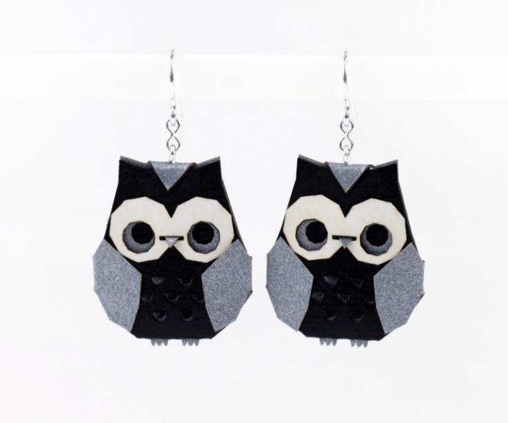 Silver origami owl earrings