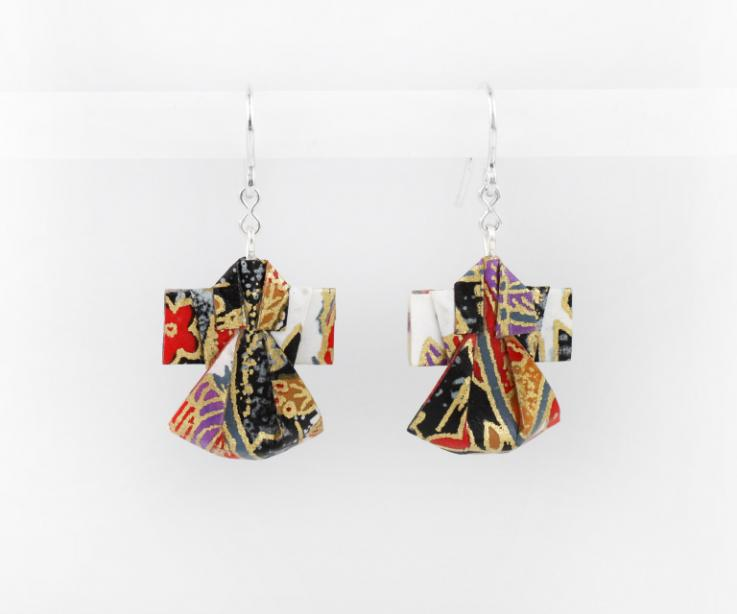 Nice paper kimono earrings for women, front view