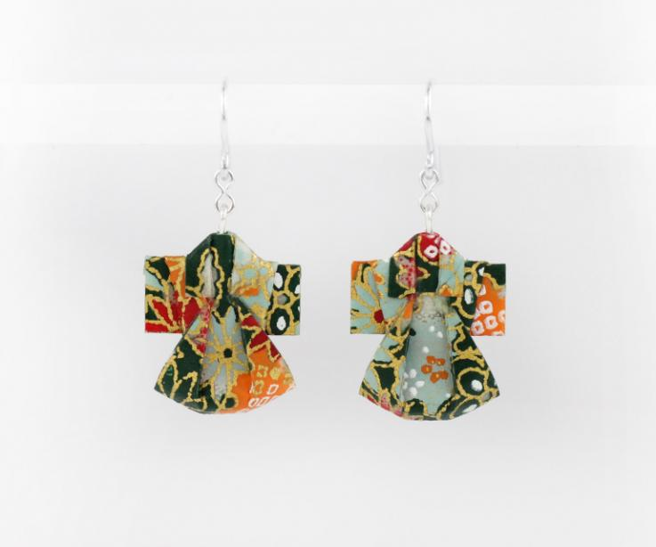 Paper kimono earrings, oriental style, front view