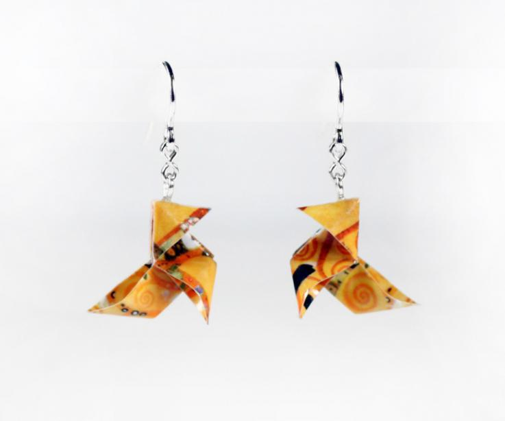 Cheap earrings, creative and handcrafted jewelry. Galicia Calidade