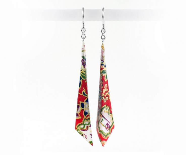 Pyramidal earrings, brand Joyas de Papel