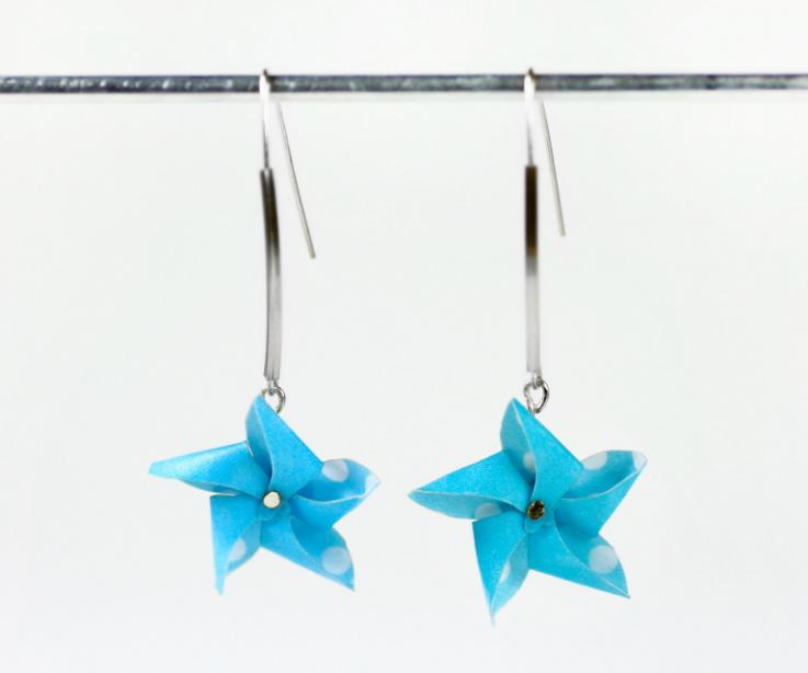 Long earrings with paper pinwheel and silver, front view