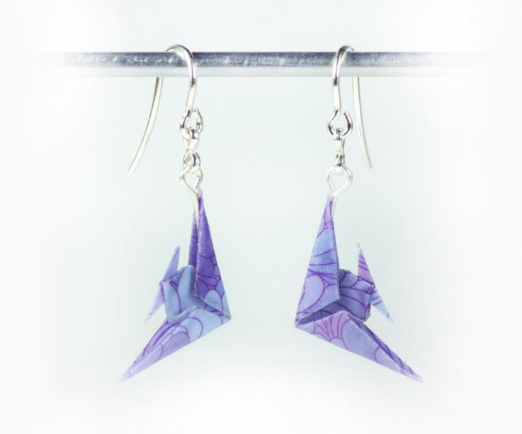 Earrings with sterling silver and paper fish for woman, front view