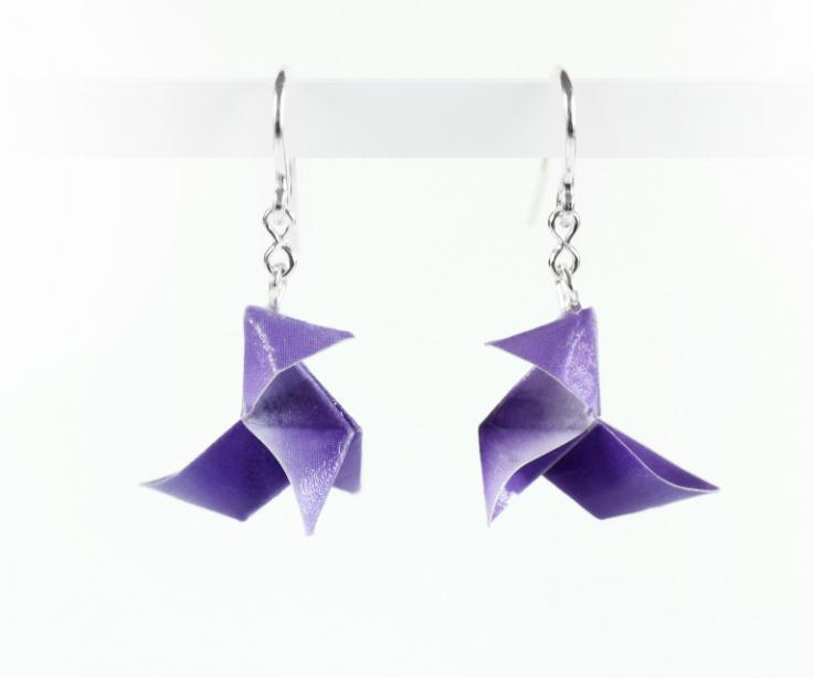 Pendientes juveniles pajarita origami