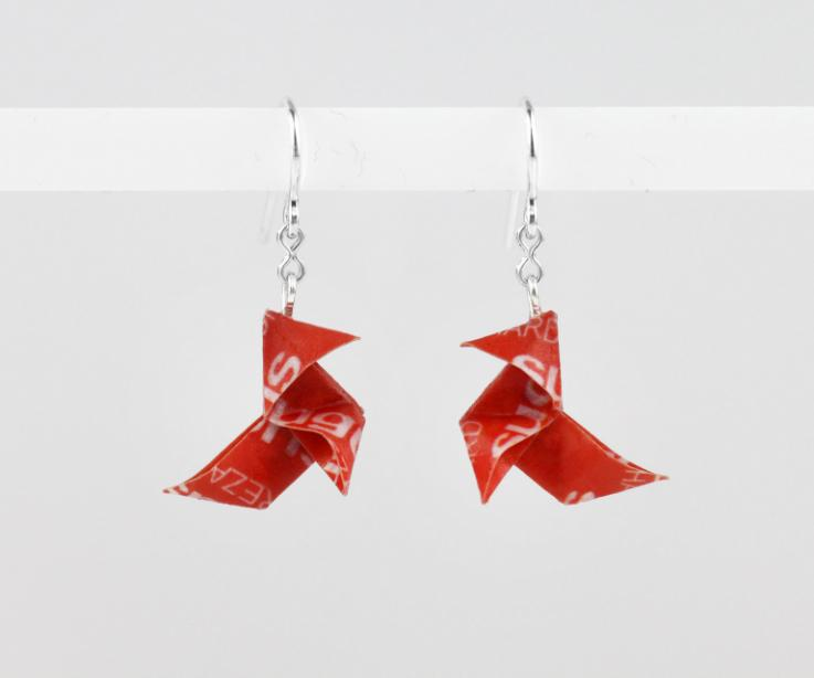 Funny gifts, Sugus origami bird earrings, front view