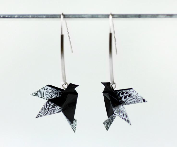 Long earrings with origami bird and sterling silver for woman, front view