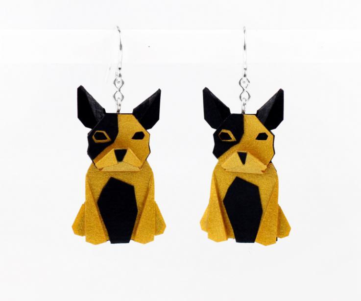 Pendientes perro dorado en papel y plata de ley