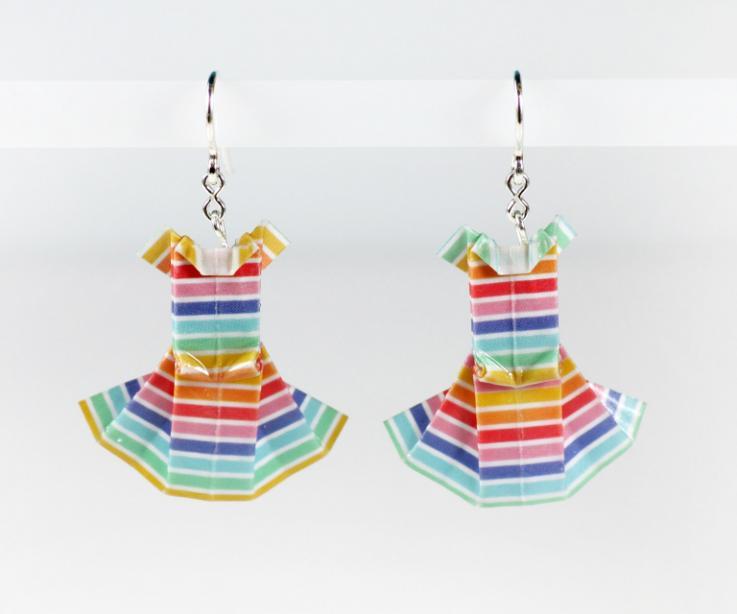 Pendientes vestido hecho a mano artesanía, papel y plata