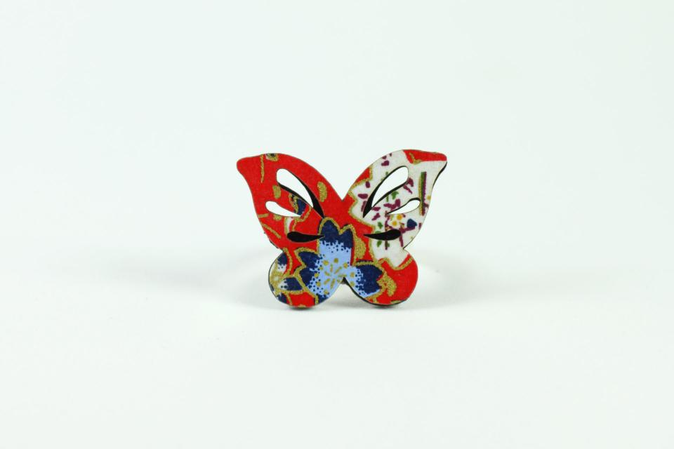Butterfly ring for women, front view