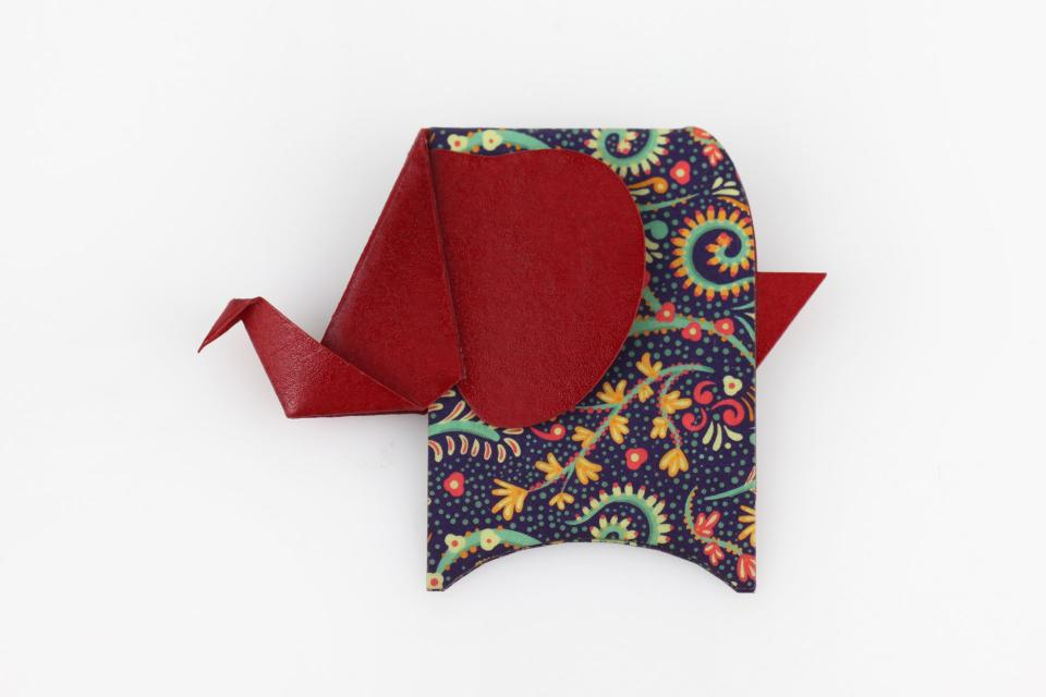 Elephant shaped brooch in red