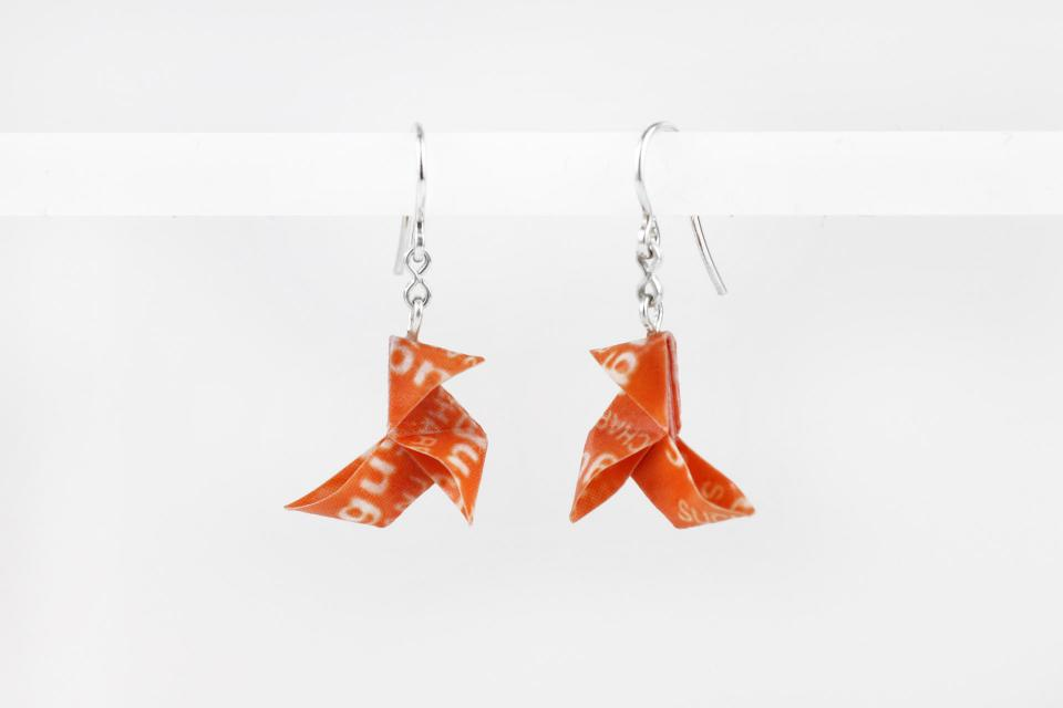 Funny origami bird earrings with Sugus candy paper, front view