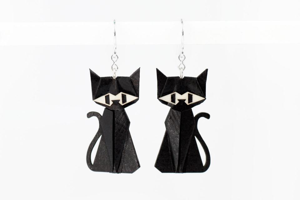 Pendientes gato negro en papel y plata de ley