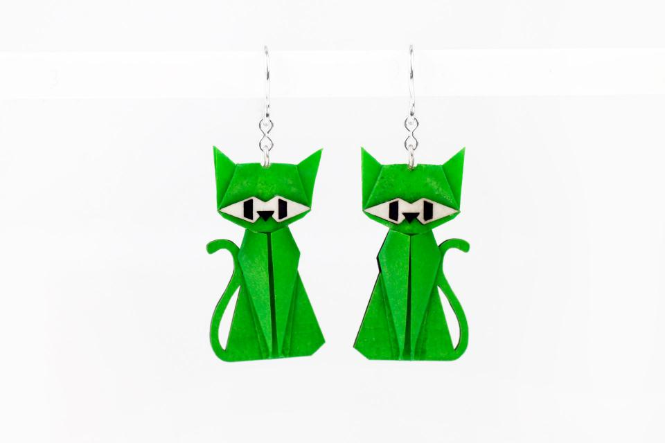 Earrings green cat in paper and sterling silver