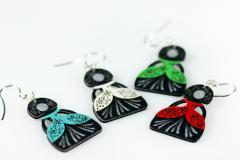 Assortment of colors of the earrings menina by Joyas de Papel